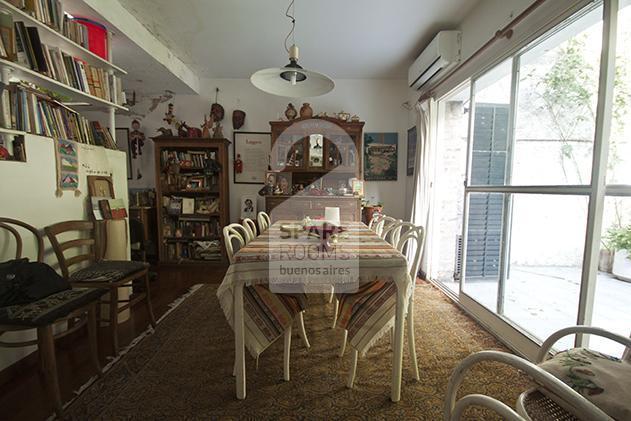 La habitación en la casa de Palermo