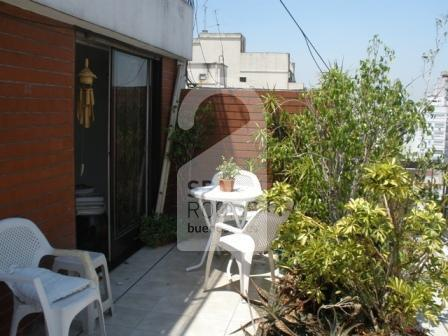 The terrace at the apartment in Almagro