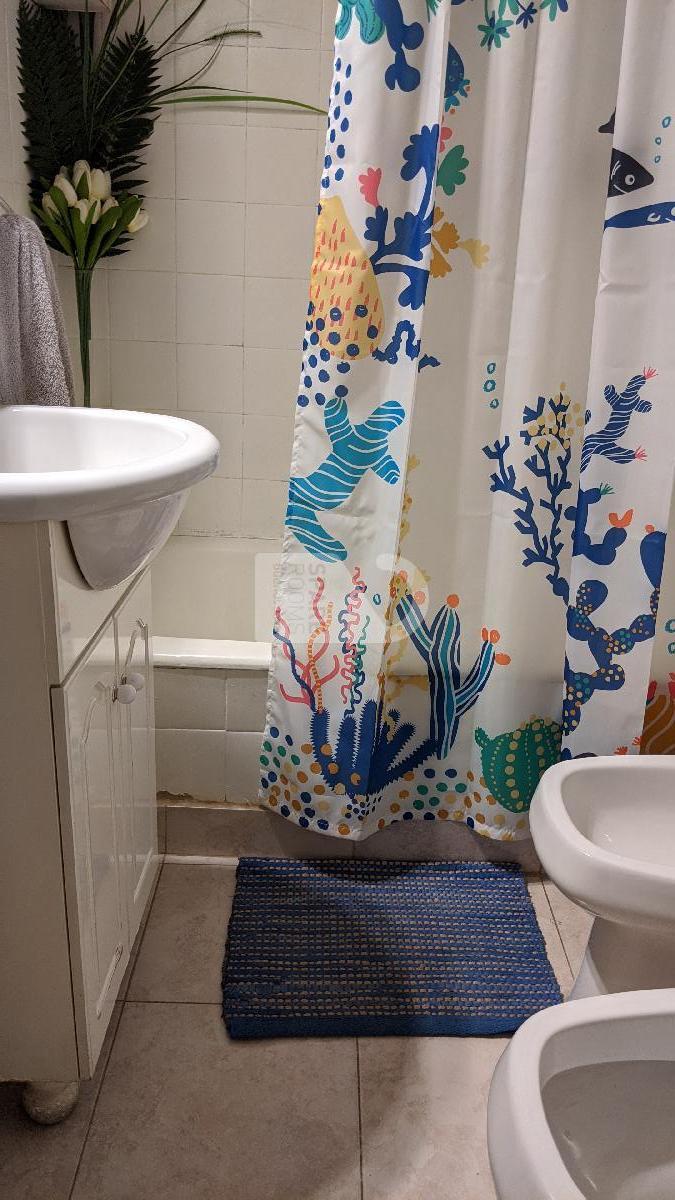 El baño en la casa en San Telmo