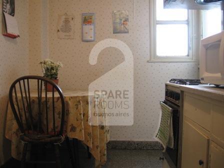La cocina en el departamento de Recoleta
