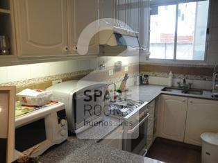 The kitchen at the apartment in Congreso