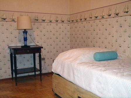 The room at the apartment in Almagro
