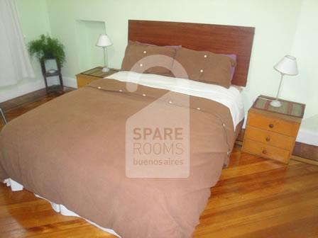 El dormitorio en el departamento de Balvanera