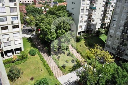 View of the balcony in the apartment at Nu�ez