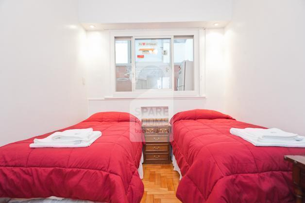 The room for 2 in the apartment in Palermo Hollywood.