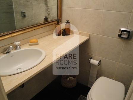 El baño en el departamento en Recoleta