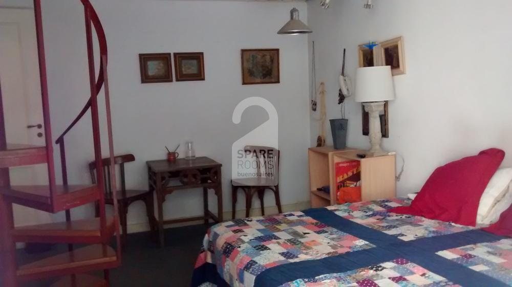 La habitación en el departamento en Recoleta