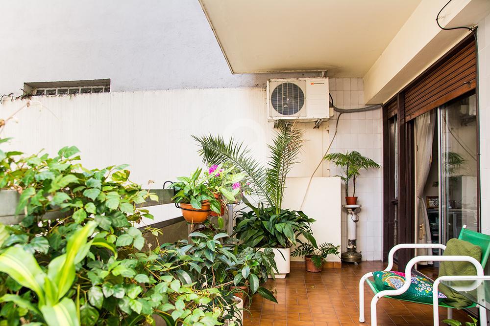 El balcón en el departamento en Recoleta