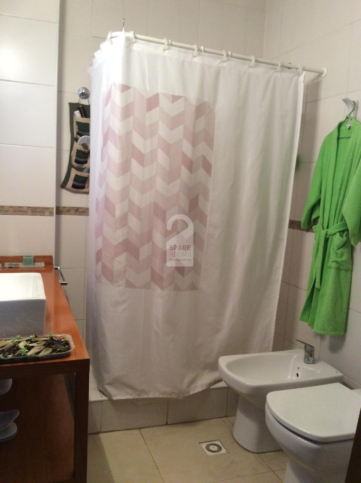 Private badhroom w/ shower in San Telmo