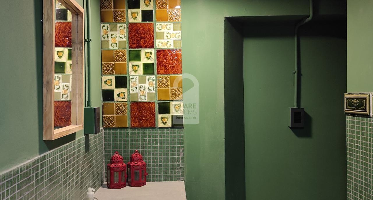 Shared bathroom first floor